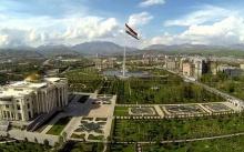 29 флагштоков в Таджикистане. Как выглядят площади флага городов и районов страны