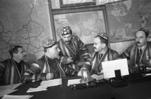 Как таджикистанцы в гости к Сталину ездили. Редкие фото