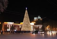 Как выглядели новогодние красавицы Душанбе в разные годы