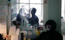 В России впервые в 2021 году от коронавируса умерли за сутки более 600 человек