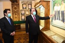 Эмомали Рахмон открыл музей Лидера нации в ТНУ