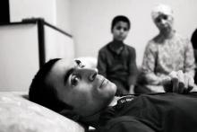 «Расскажи об этом Богу». Таджикистанцы простились с солдатом, который 7 лет ждал, когда сможет встать на ноги