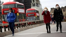 В Великобритании добровольцев намеренно заразят коронавирусом, - Bloomberg