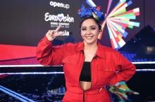 «Я порву всех просто». Манижа настроена достойно представить «Русскую женщину» на Евровидении