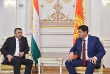 Премьер-министры Таджикистана и Кыргызстана  обсудили ситуацию на границе
