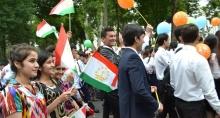 Сколько в Таджикистане молодых людей и чем они заняты?