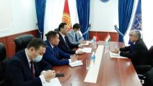 Посол Таджикистана и глава МИД Кыргыстана обсудили ситуацию на таджикско-кыргызской границе
