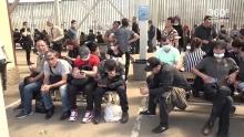 В миграционных центрах Москвы наблюдается столпотворение из-за наплыва мигрантов