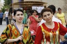 Тоҷикон 1,7 миллион: Ӯзбекистон омори таркиби қавмии ин кишварро нашр кард