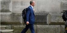 Глава МИД Британии отправлен в отставку, потому что отдыхал на Крите во время взятия талибами Кабула