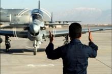 США надеются скоро вывезти афганских пилотов, бежавших в Таджикистан от талибов